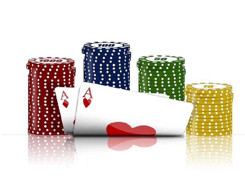 Mer kort och marker till pokerspelet